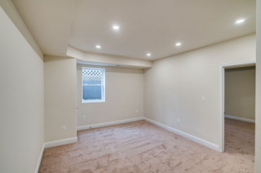 Remodel For Sale at 3590 N. 14th Street - Photo 30